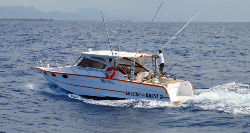 BIG GAME FISHING IN MAURITIUS - BOAT LE PERFORMANT 3